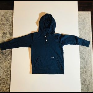 Gap kids Pullover Hoodie Shirt Blue, Size 6-7 Kids